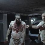 L'arrivée du zombie et son dresseur.
